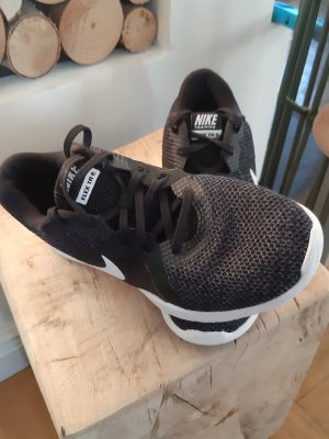 Nike Turnschuhe Gr. 36