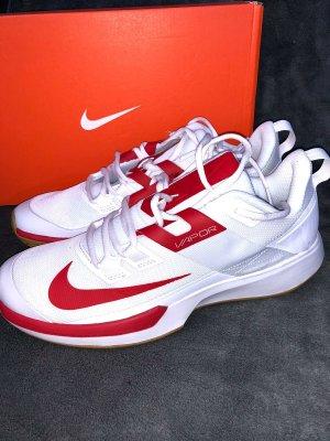Nike Vapor Lite