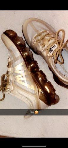 Nike Vapormax Gold