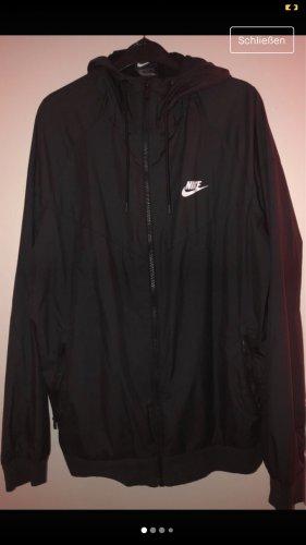 Nike Cortaviento negro