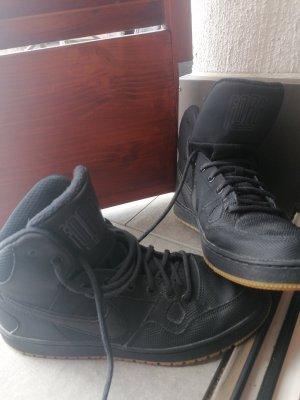 Nike winter high sneaker