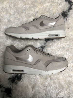 Nike Wmns Air Max 1 Ultra beige