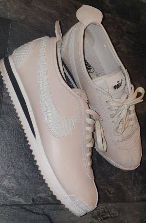 Nike WMNS Classic Cortez