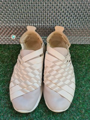 Nike Wmns Roshe Run Woven 2.0 Sneaker Turnschuhe leichte Schuhe Gr. 37,5