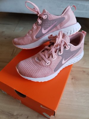 Nike Woman legend react running Schuhe,Gr 38,neu