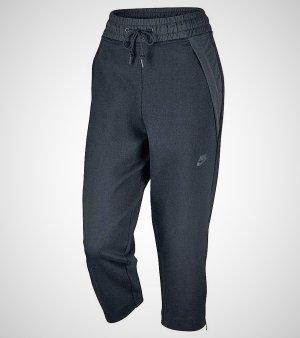 Nike Womens Sportswear Tech Fleece Cropped Pants. Neu mit Etiketten.