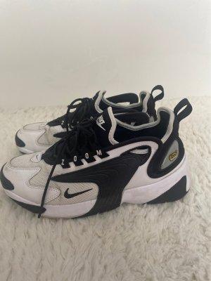 Nike Zoom 2000