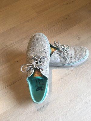 Nike Zoom Air Sneaker
