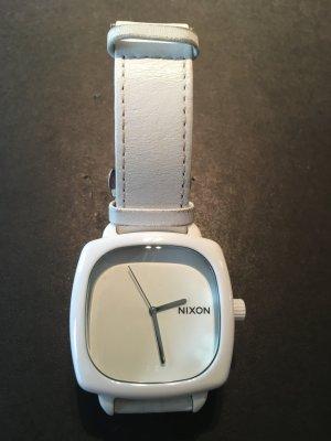 Nixon Montre avec bracelet en cuir blanc cuir