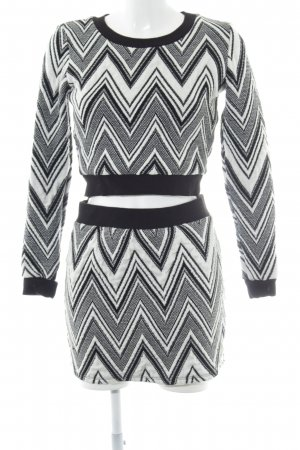 NLY Trend Strick Twin Set schwarz-weiß grafisches Muster Casual-Look
