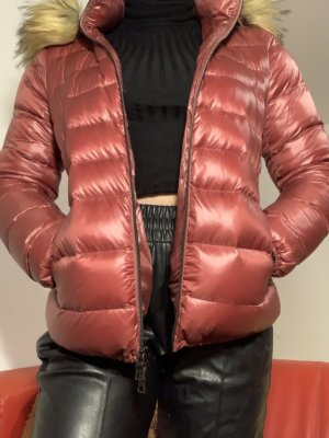 NO. 1 Como Rote Daunen Jacke