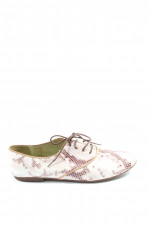 Nobrand Oxfords white-red animal pattern casual look
