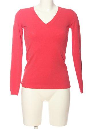 Northland Jersey con cuello de pico rojo look casual