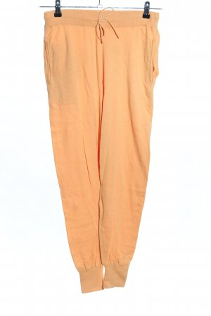 Not Shy Bloomers light orange casual look