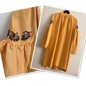 Płaszcz przejściowy złotopomarańczowy Jedwab