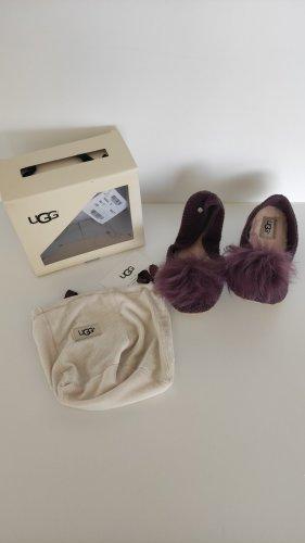 NP90€ UGG Hausschuhe Ballerinas Lammfell Kuschelig Gehäkelt Puschel FakeFur Hochwertig Geschenkbox