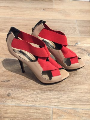 Nude High-heels mit rotem Gummizug, Gr. 37