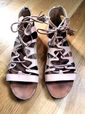 nudefarbene Gladiatoren Sandalen von Zara Basic Gr. 37