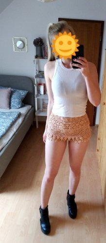Nudefarbene Spitzen Shorts Hotpants kurze Hose