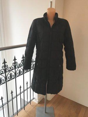 Fashion concept Piumino lungo nero