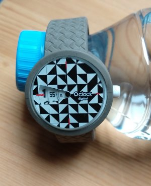 O bag Analog Watch white-black