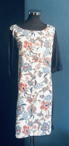Oasis Panel Kleid