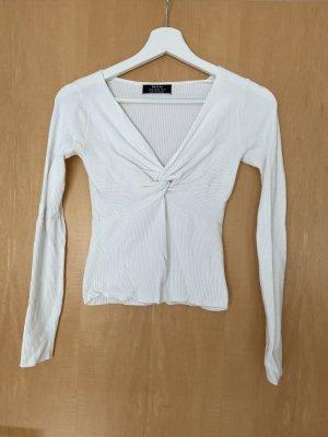 Bershka Sweter z dekoltem w kształcie litery V biały