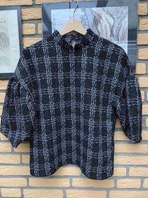BODY FLIRT Sweter o skróconym kroju czarny-biały