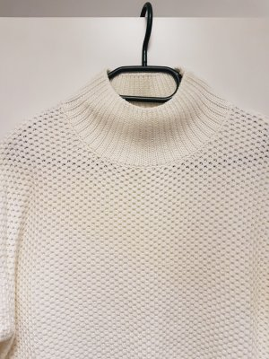 .Object Pullover