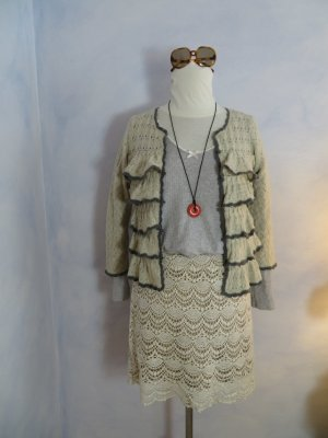Odd Molly 806 Kyoto Cardigan Gr. 36 Creme Grau Wolle Häkeljacke handgehäkelte Abschlüsse