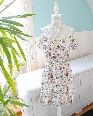 Off-Shoulder Kleid von Clockhouse