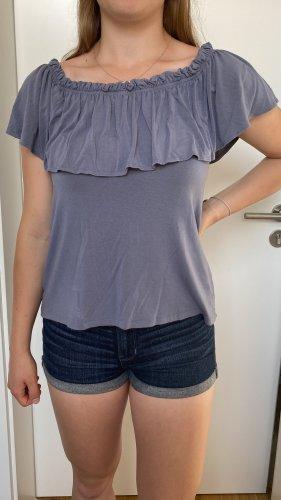 Off-Shoulder Shirt