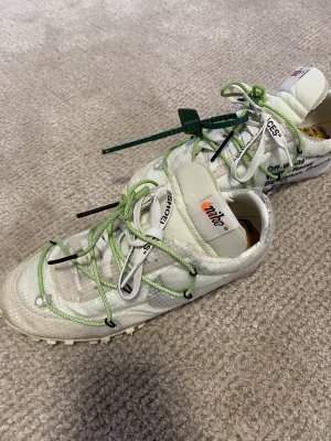 Off white-Nike Sportschuhe
