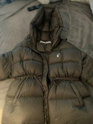 Off-White Oversize Jacke