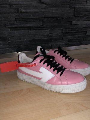 Off-white Schuhe