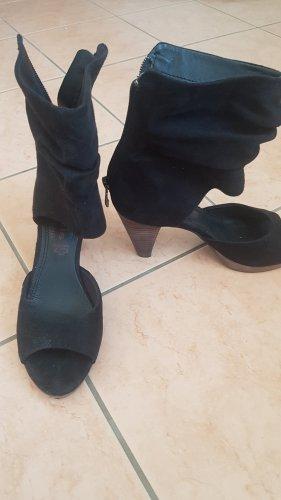 Offene Sandaletten mit Absatz