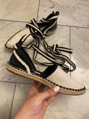 Offene Zara Schuhe zum Umbinden