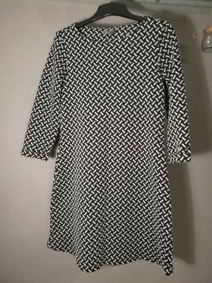 C&A Longsleeve Dress white-black