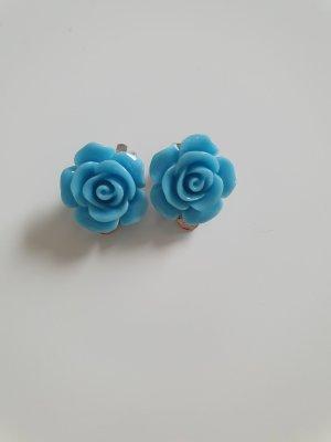 Earclip cornflower blue