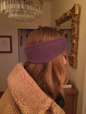 Orejeras violeta grisáceo