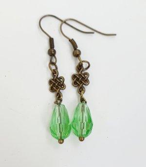 Ohrhänger keltischer Knoten grün