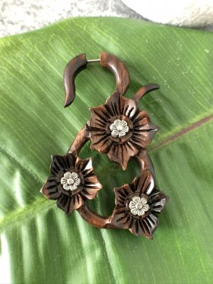 Handmade Clou d'oreille multicolore bois