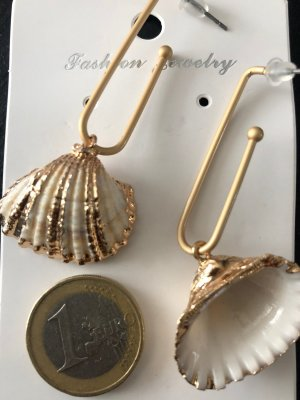 Ohrring Modeschmuck Gold Muschel weiß Stecker