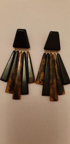 Ohrringe aus Kunstharz - Mango