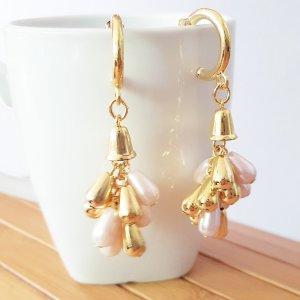 Ohrringe Creolen vergoldet mit weißen Perlen,  62mm