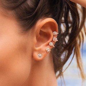 Boucles d'oreille en or blanc-argenté