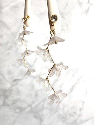 Ohrringe neu transparent Blüten Blumen ungetragen Statement