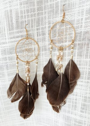 Dangle gold-colored-grey brown