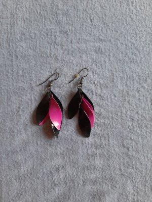 Ohrringe schwarz pink