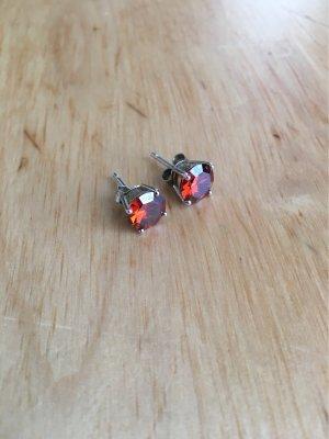 Ohrstecker aus 925er Silber mit großen roten Steinen